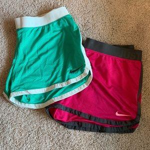 L Nike short bundle